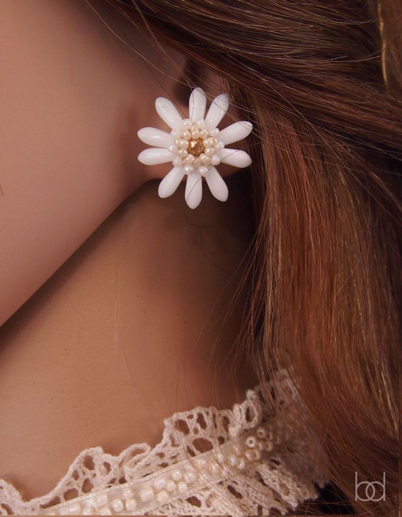 flower earrings beading tutorial