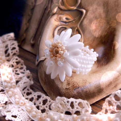 white lady flower ring beading tutorial download