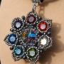 seven_colored_pendant_2