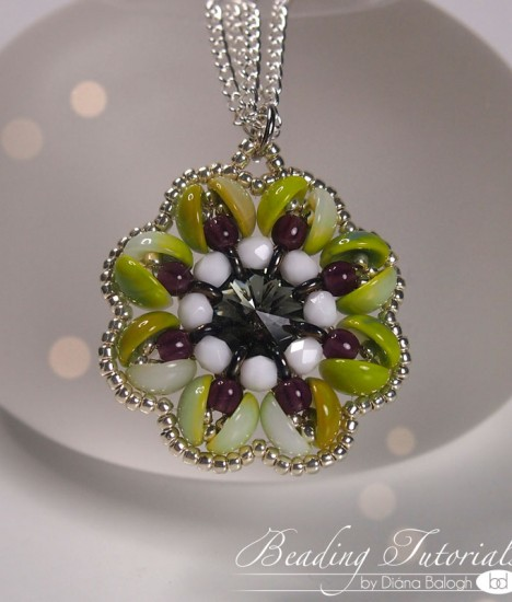 piggy beads beading tutorial, flower pendant tutorial