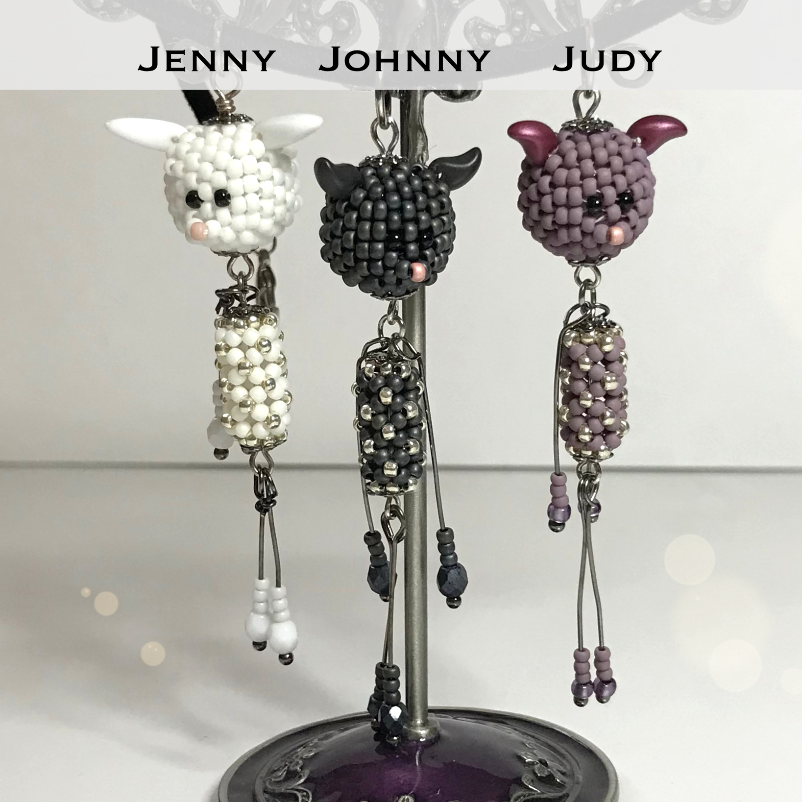 Beading tutorial Jenny, Johnny and Judy pendant