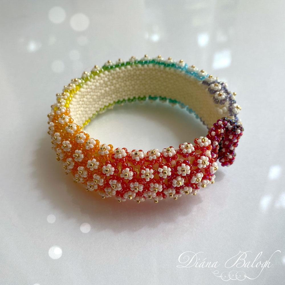 Balogh Flower Bracelet beading tutorial by Diána Balogh
